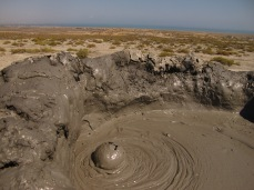 33 - Qobustan - Mud volcanoes