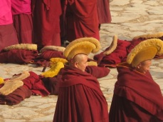 wpid-mntsdcard_ExternalSDDCIMBlogGansù-e-Qinghai32-Xiahè-monks-at-Labrang-monastery.JPG.jpg