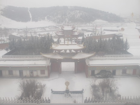 wpid-mntsdcard_ExternalSDDCIMBlogGansù-e-Qinghai36-Hezuo-view-from-the-top-of-Milarepa-palace.JPG.jpg