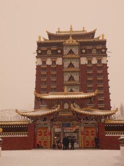 wpid-mntsdcard_ExternalSDDCIMBlogGansù-e-Qinghai43-Hezuo-Milarepa-palace.JPG.jpg