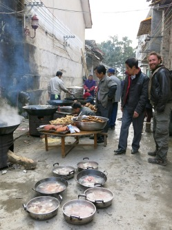 08 - Catering in Xingping