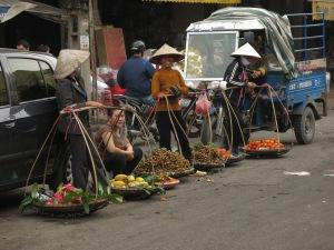 09 - Hanoi - market