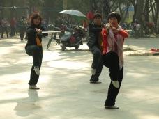 30 - Tai chi in Yangshuo