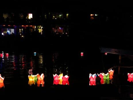 42- Hoi An - full moon festival