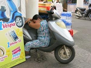 66 - Saigon (Ho Chi Minh city) - it's time to take a nap...