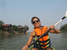 03-Don Det-kayaking on the Mekong