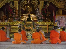 02 - Chiang Rai - monks